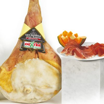 Prosciutto S.dan.ris.16m C/oss0 10kg 1ud